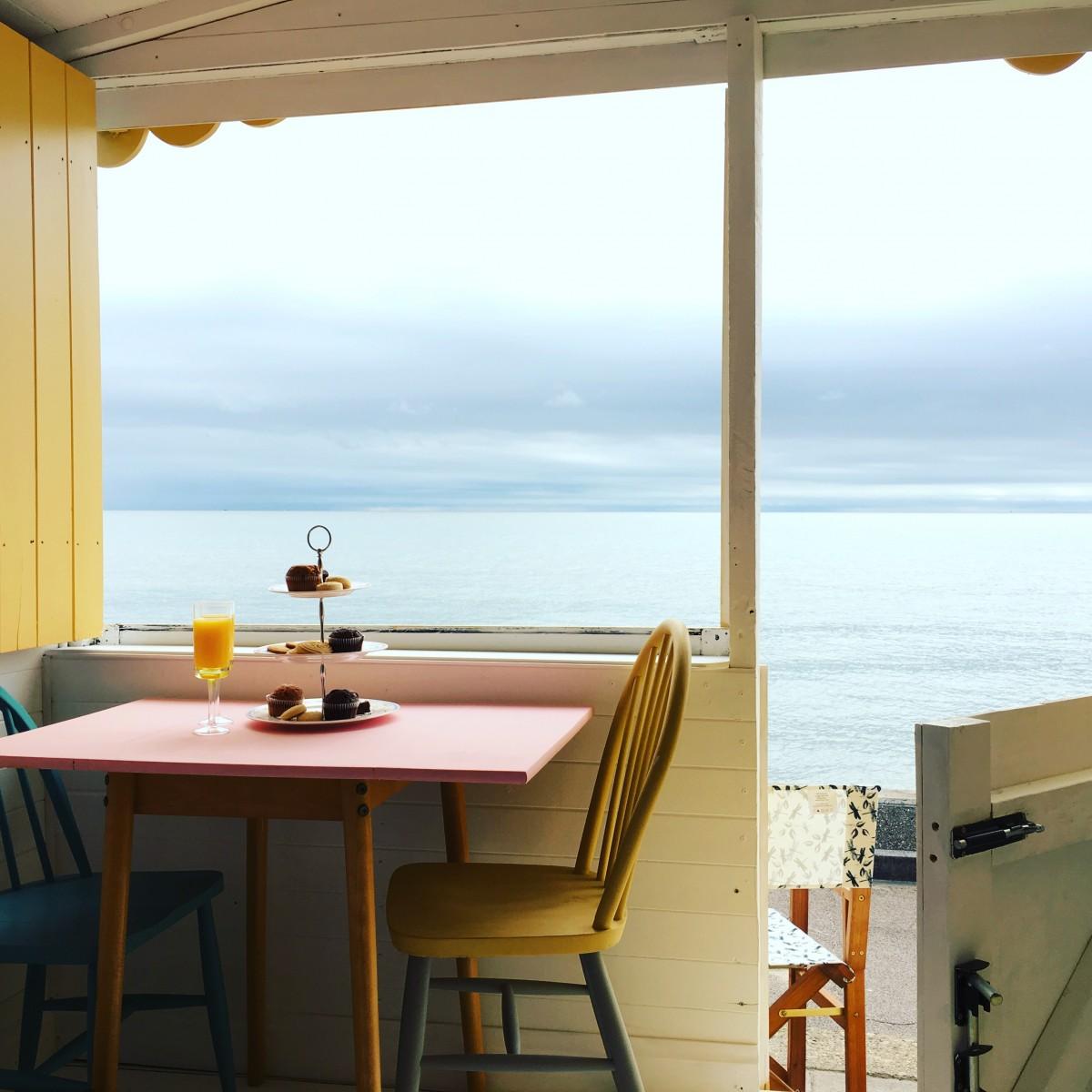Beach hut decor ideas how i created harley millie 39 s for Beach hut decoration items