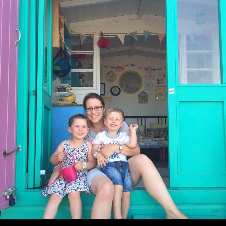 2016 beach hut hire guests