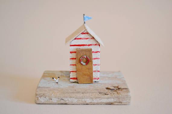 Beach Hut Decor: Handmade Driftwood Beach Hut Hello Sunshine Designs