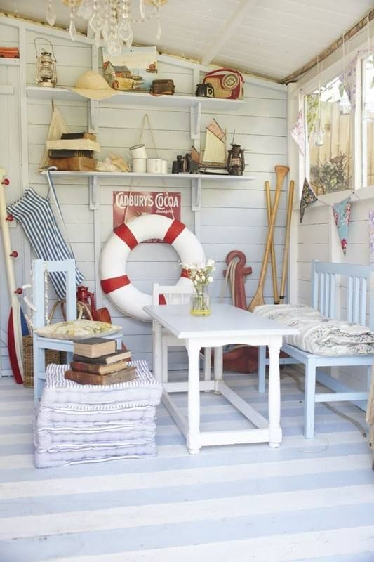 Beach hut interior design and decorate for Beach hut designs