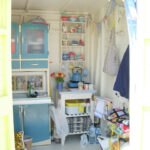 Beach_Hut_Interior-001
