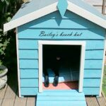 Baxter_and_Snow_Bailey_Beach_Hut
