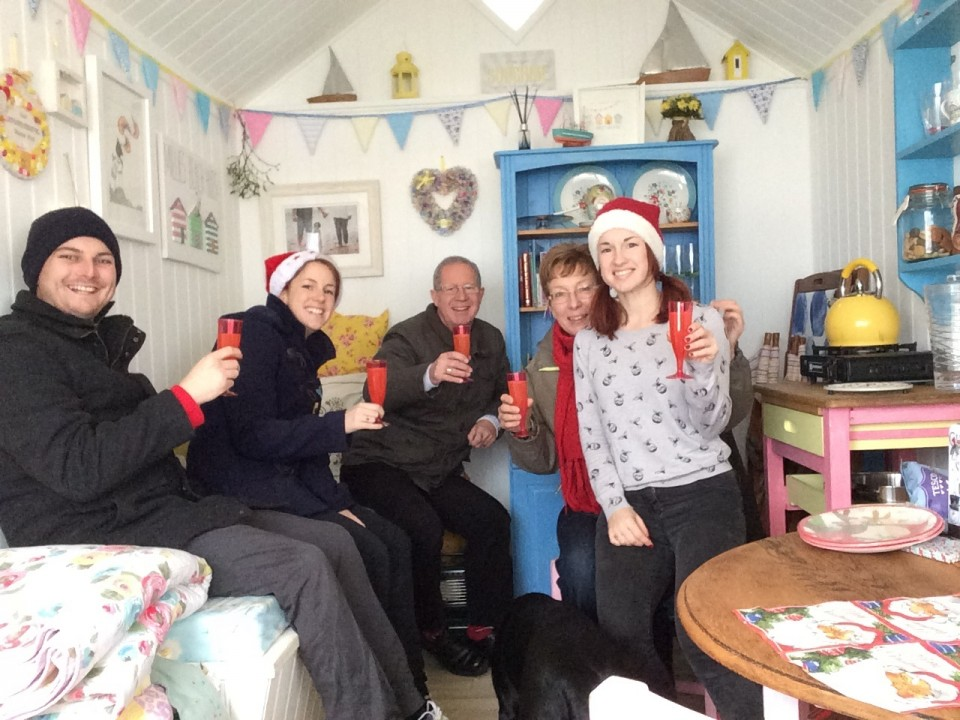 Christmas_Beach_Hut_Hire_021