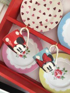 Beach Hut Decor Ideas: How I Created Mickey and Minnie