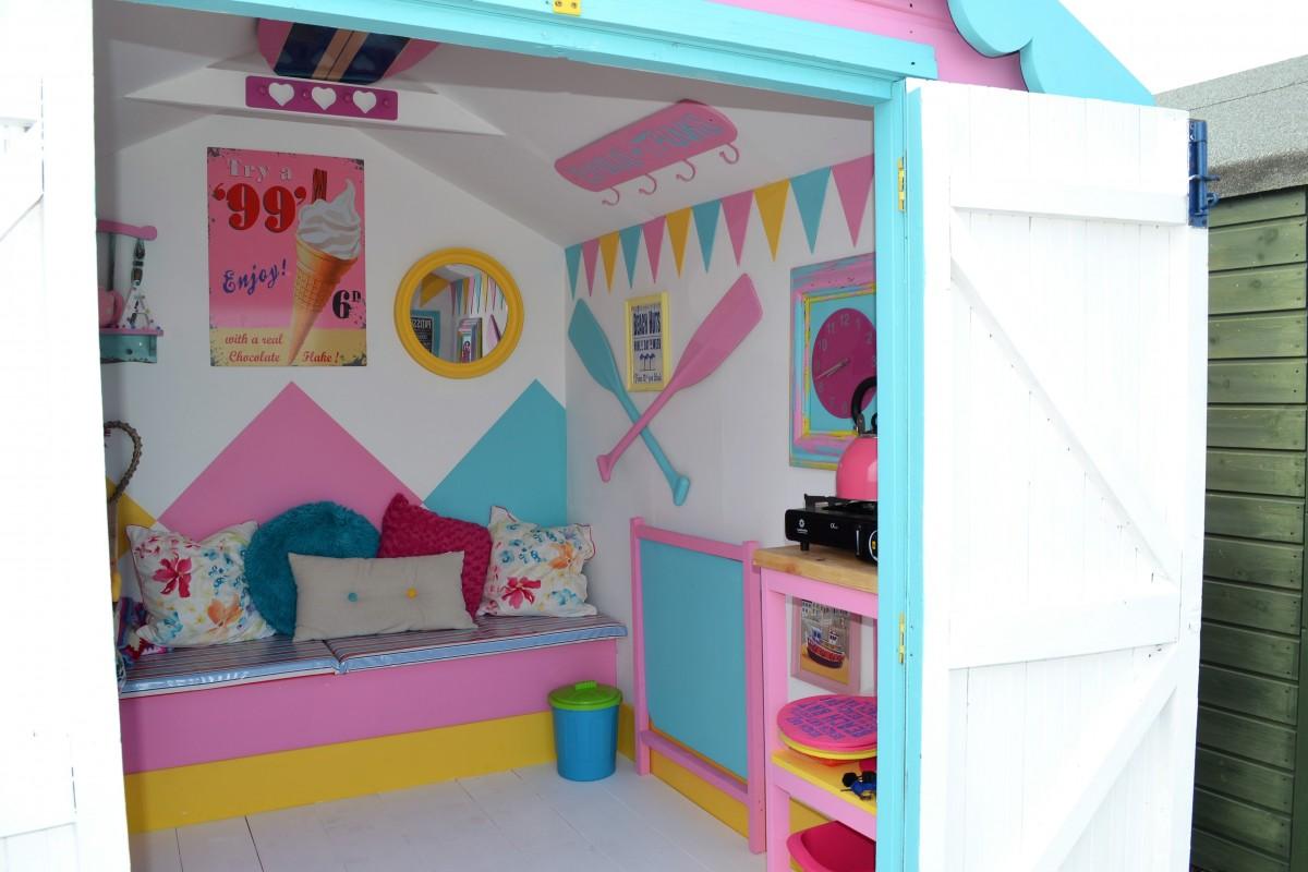 beach hut hire abbie front row felixstowe suffolk