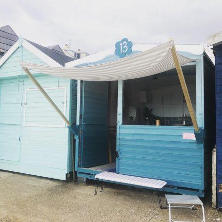 rosie-posie-front-row-beach-hut-hire-walton-naze-essex