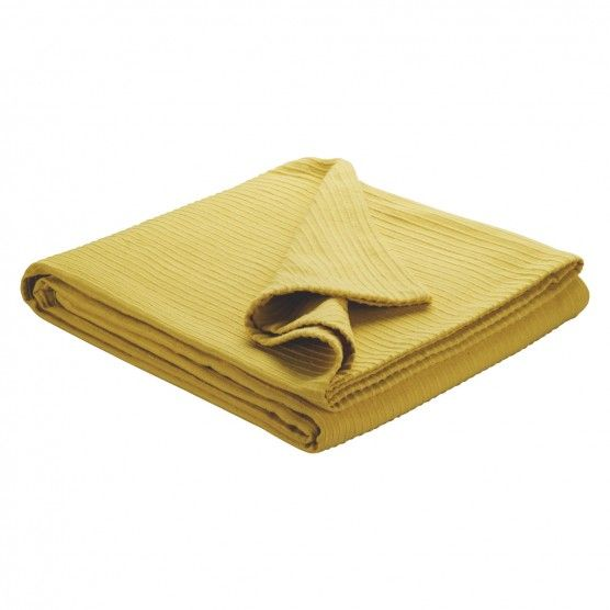 Beach Hut Decor: Yellow Kingsize Bedspread Habitat
