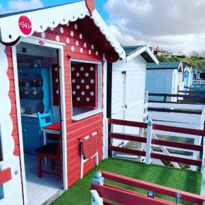 millies-beach-hut-hire-minnie-second-row-eastcliff-walton-on-the-naze-essex